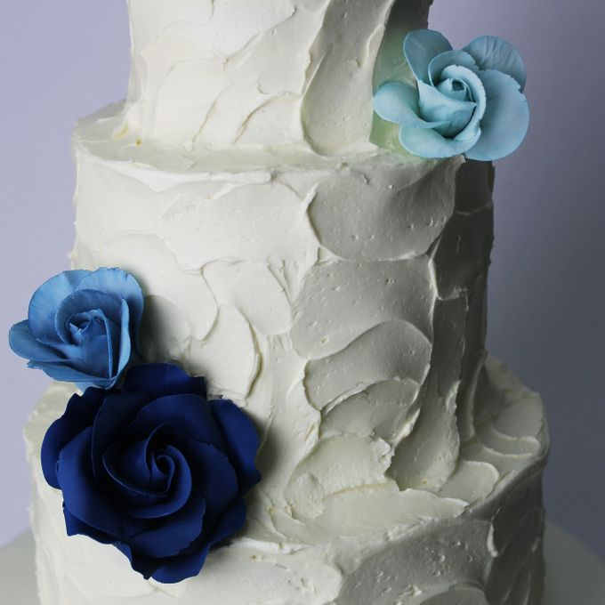 Sugar Floral with Buttercream by Carousel Moments - 007