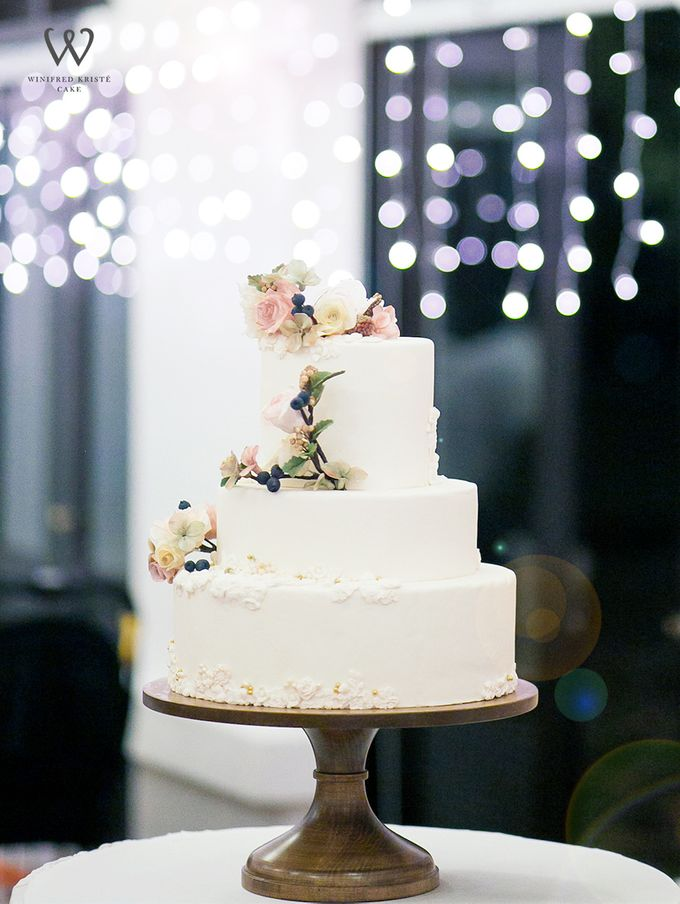 Clients wedding cakes by Own Reverie - 001