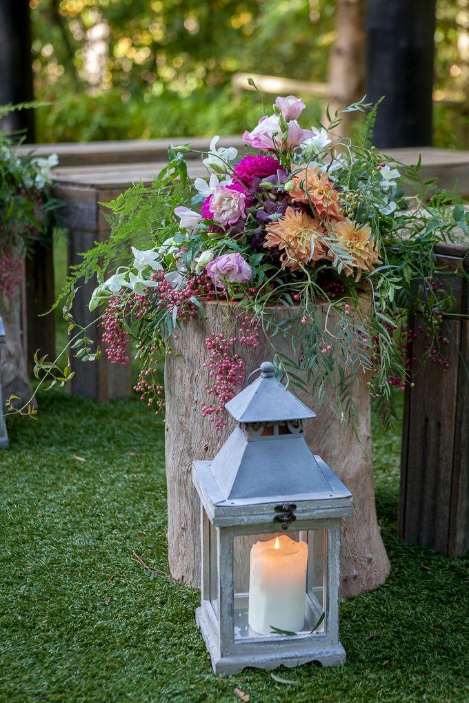 Jenn & Chris' Wedding at Chateau Wyuna by One Wedding Wish - 002