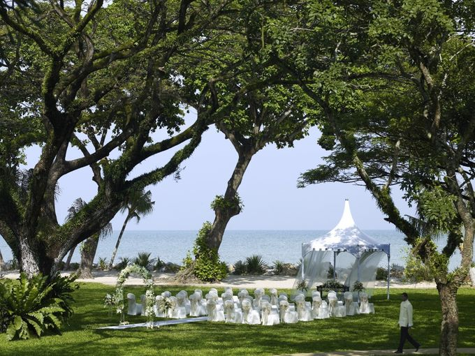 Wedding by the Beach by Shangri-La Rasa Sayang Resort - 007