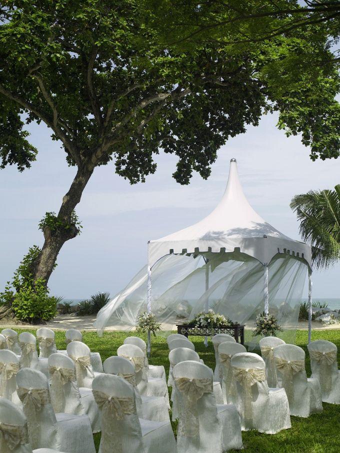 Wedding by the Beach by Shangri-La Rasa Sayang Resort - 008
