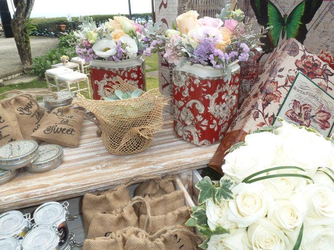 Rustic Pieces by Puri Amanda Flower Boutique - 007