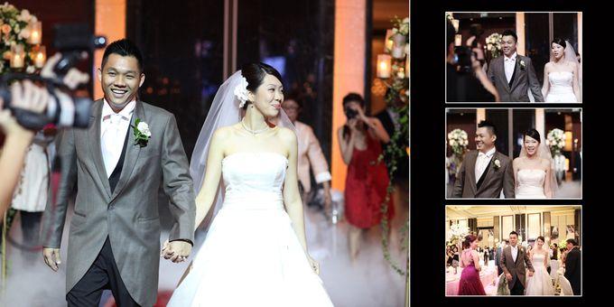 Wedding day of Shawn & Tanty by Shangri-La Hotel Singapore - 013