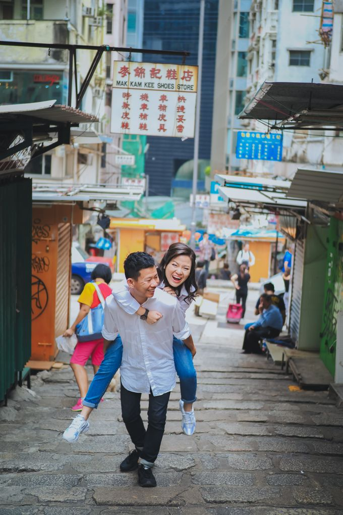 Wenzhi and Yen Sing in Hong Kong by Multifolds Productions - 044