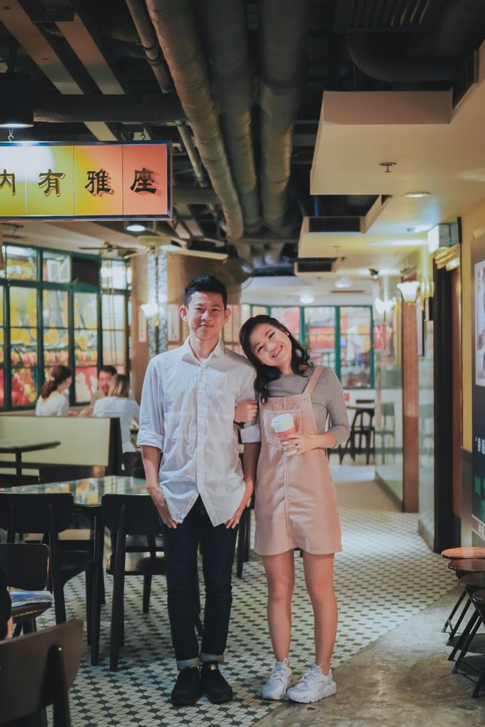 Wenzhi and Yen Sing in Hong Kong by Multifolds Productions - 048
