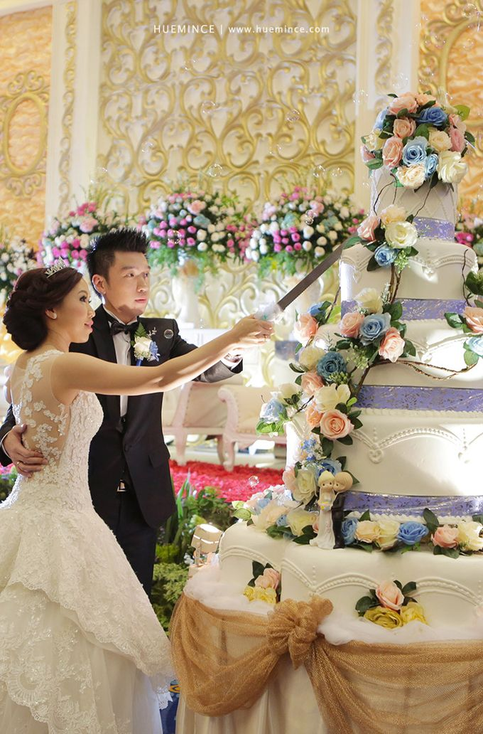 The Wedding of Peter & Irene by Libra Cake - 003
