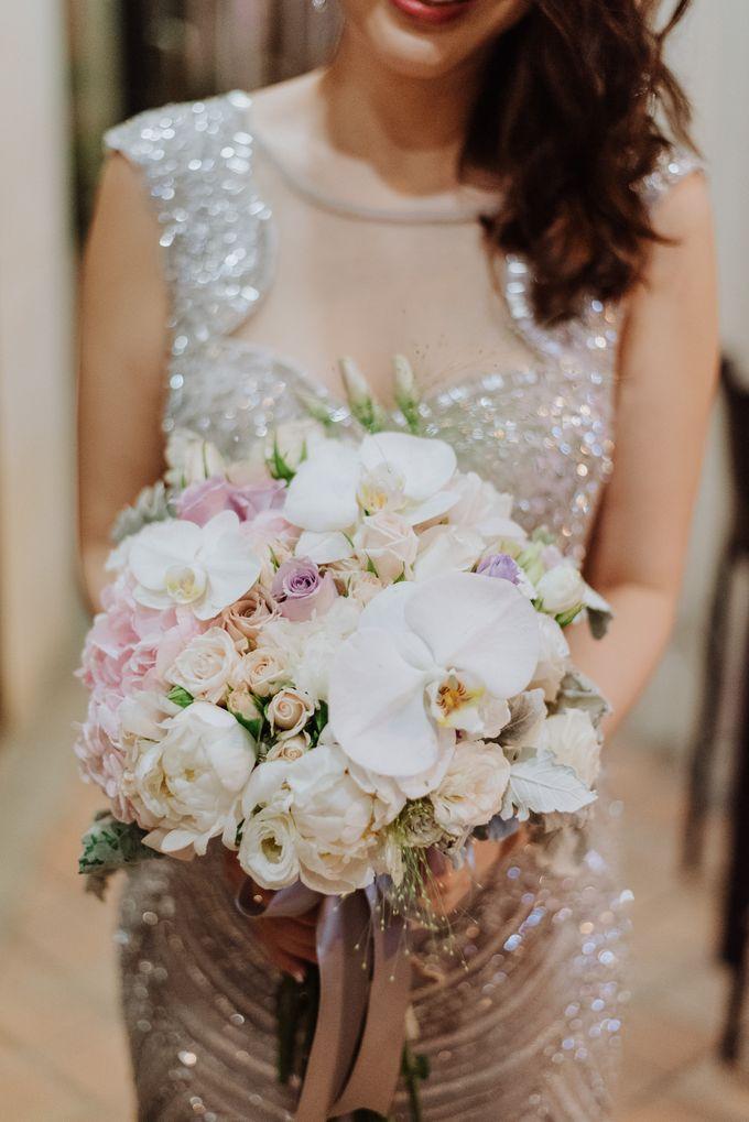 Bridal Hand Bouquet by Petite Fleur SG - 032