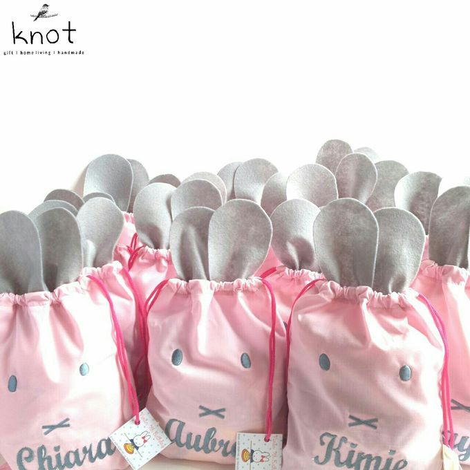 Vivians 7th Birthday Goodie Bag by KNOT - 002