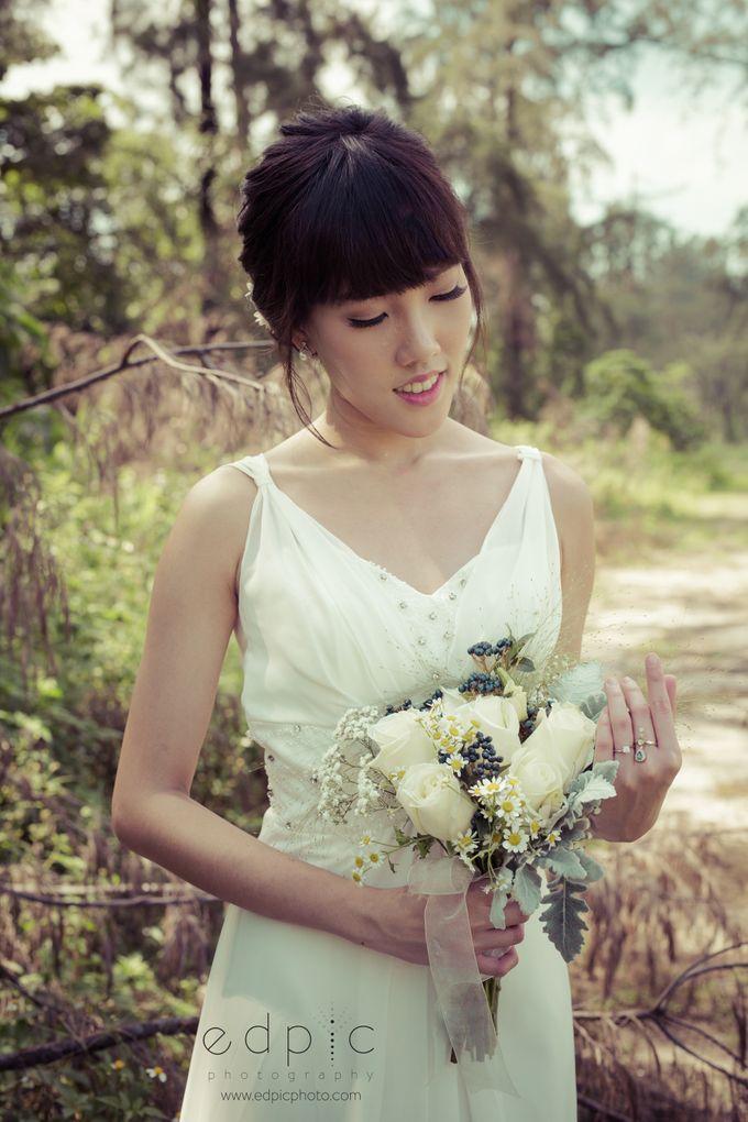Bridal Hand Bouquet by Petite Fleur SG - 023