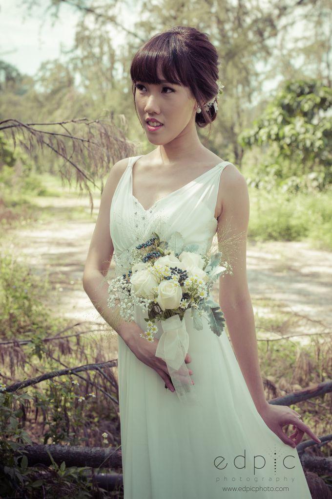 Bridal Hand Bouquet by Petite Fleur SG - 024