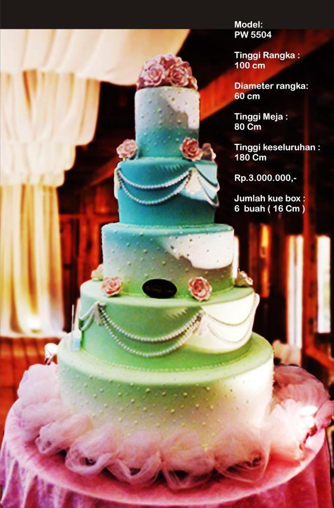 Wedding Cake 5 Tiers By Pelangi Cake Bridestory Com