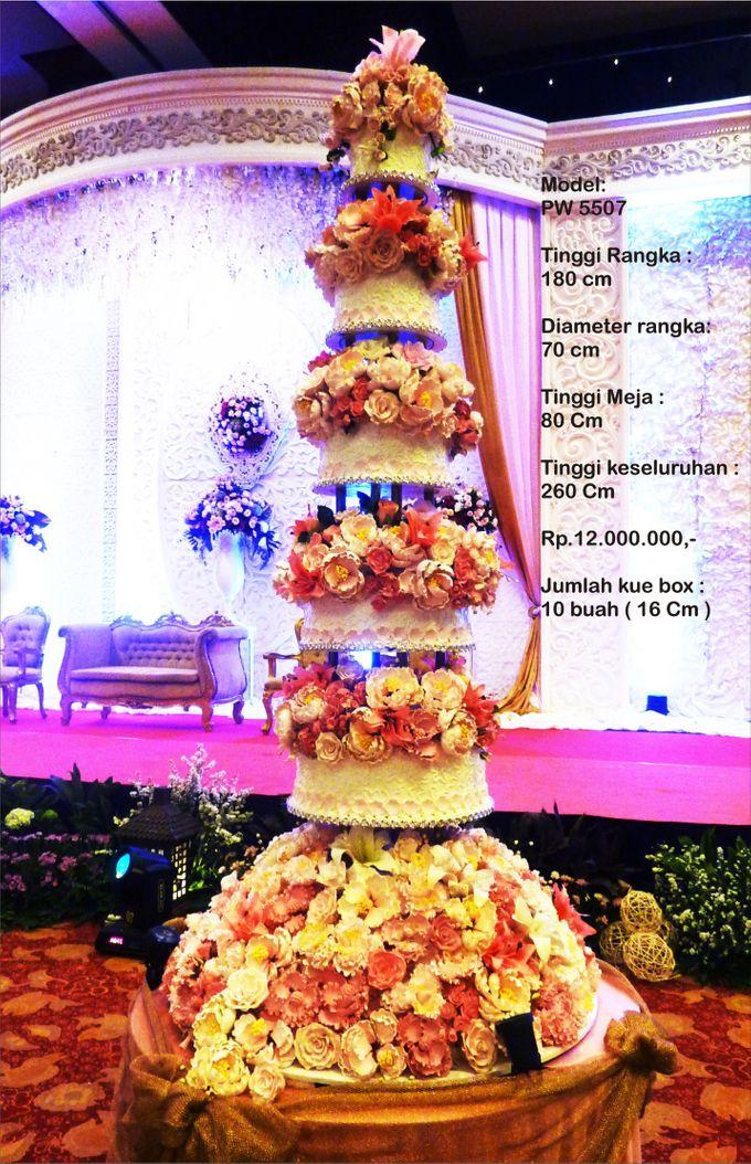 wedding cake 7 tiers by Pelangi Cake - 001