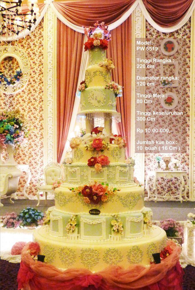 wedding cake 7 tiers by Pelangi Cake - 002