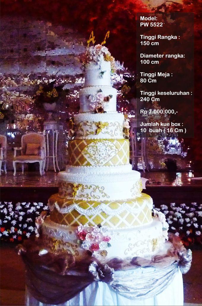 wedding cake 7 tiers by Pelangi Cake - 005