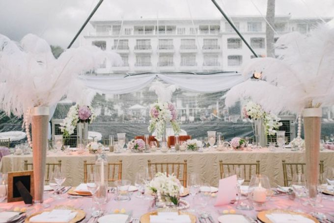 Gatsby-Inspired Gold and Glamorous Beach Wedding by The Paper Bunny - 004