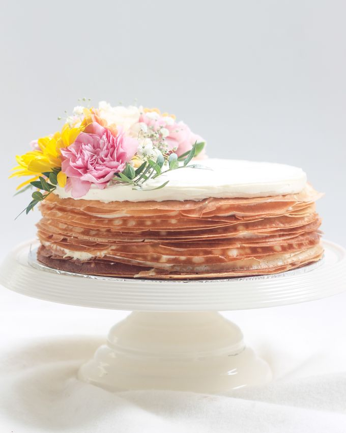Party Cake - Mille Crepes with Fresh Flowers by Lareia Cake & Co. - 005