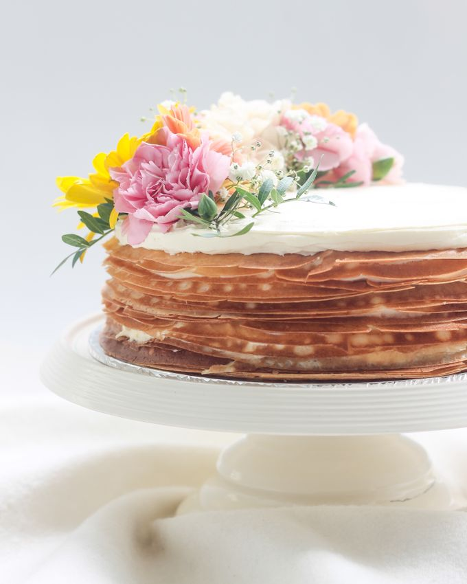 Party Cake - Mille Crepes with Fresh Flowers by Lareia Cake & Co. - 001