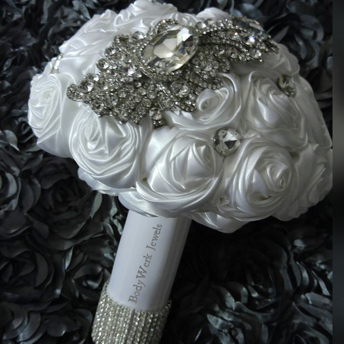 Petra Forever Bouquet by BodyWerk Jewels - 003