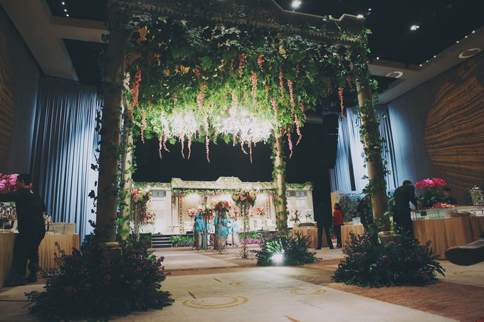 Modern Mandailing Wedding with Video Mapping by Dikaderadjat - 005