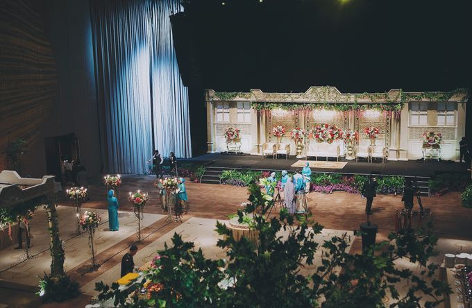Modern Mandailing Wedding with Video Mapping by Dikaderadjat - 007