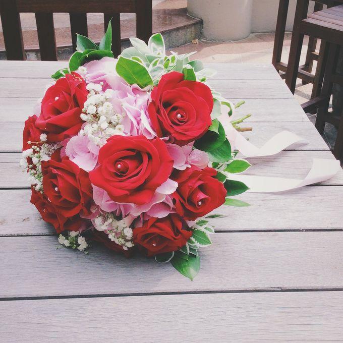 Bridal Bouquets by Ever & Blue Floral Design - 028