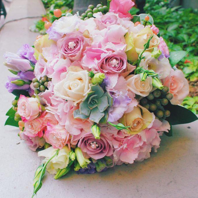 Bridal Bouquets by Ever & Blue Floral Design - 026