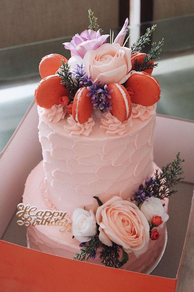FLORAL CAKE FEATURING JOLIESFLOWER by Sucré Pâtissier and Chocolatier - 002