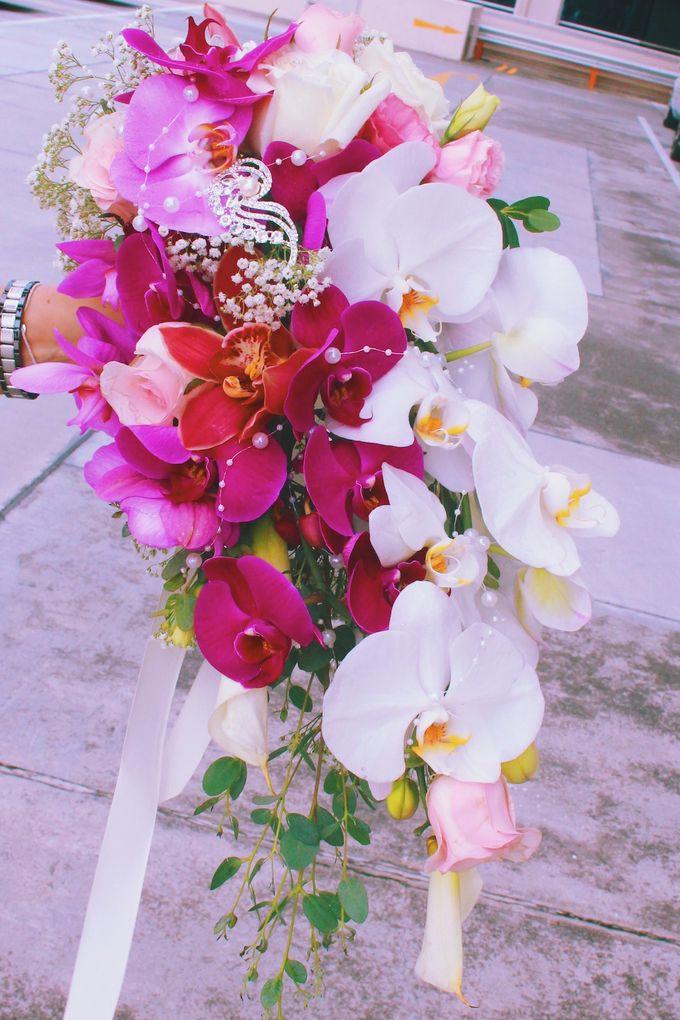 Bridal Bouquets by Ever & Blue Floral Design - 023