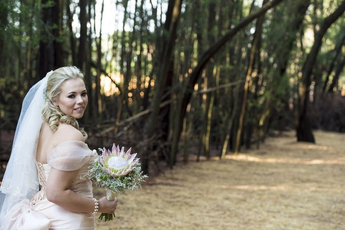Shirley and Shaun at Galagos Pretoria South Africa by Photography Mauritius - 003