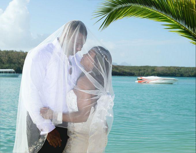 Charlene & Elorge at Shandrani Resort Mauritius by Photography Mauritius - 010