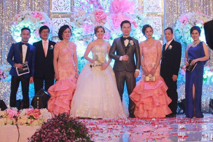 The Wedding of Andrew & Vira by Mc ChokySaputra - 007