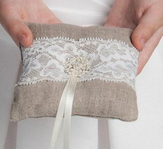 Ring pillows and ring boxes by Weddingbliss - 009