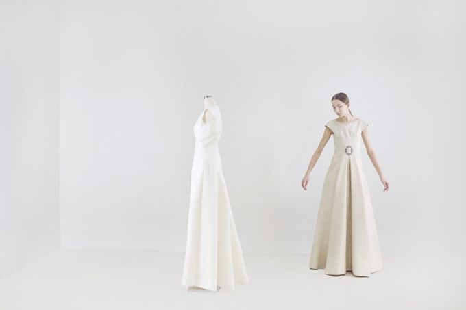 Linen Wedding Dress.Pineapple Fiber And Linen Wedding Gown By Kraton