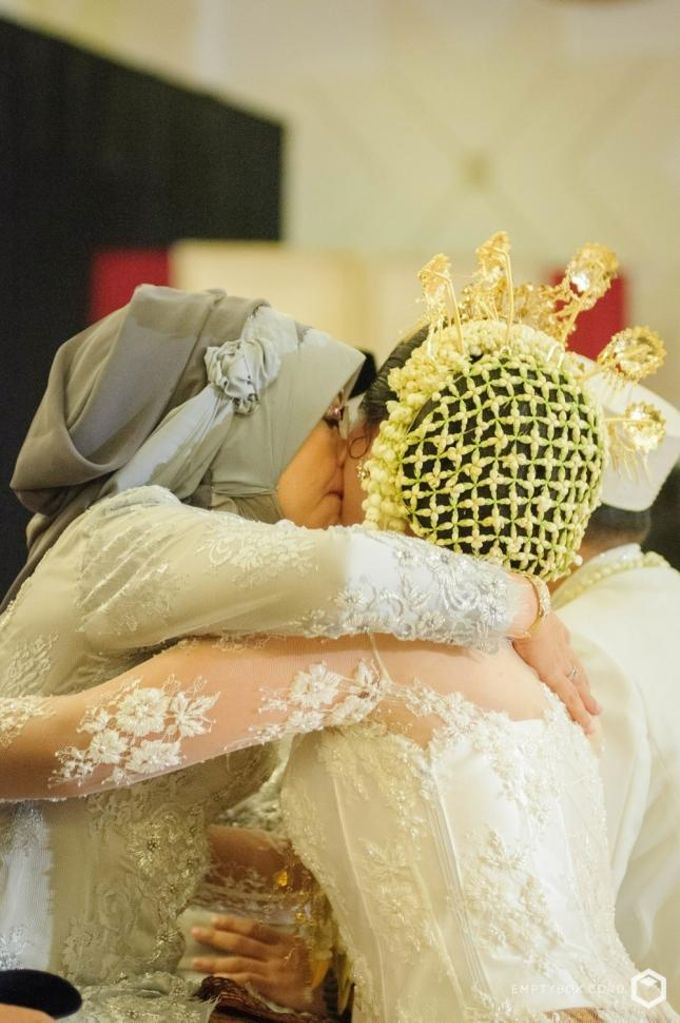 Wedding   Areta + Pandu by EMPTYBOX - 024