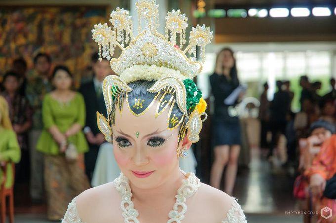 Wedding | Danang + Yeane by EMPTYBOX - 006
