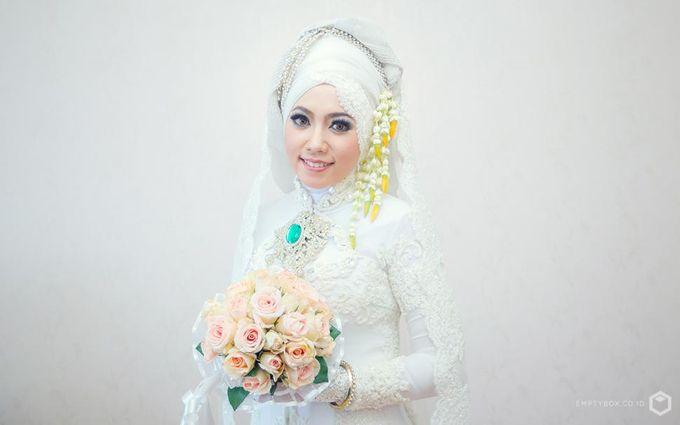 Wedding | Uty + Riki by EMPTYBOX - 001