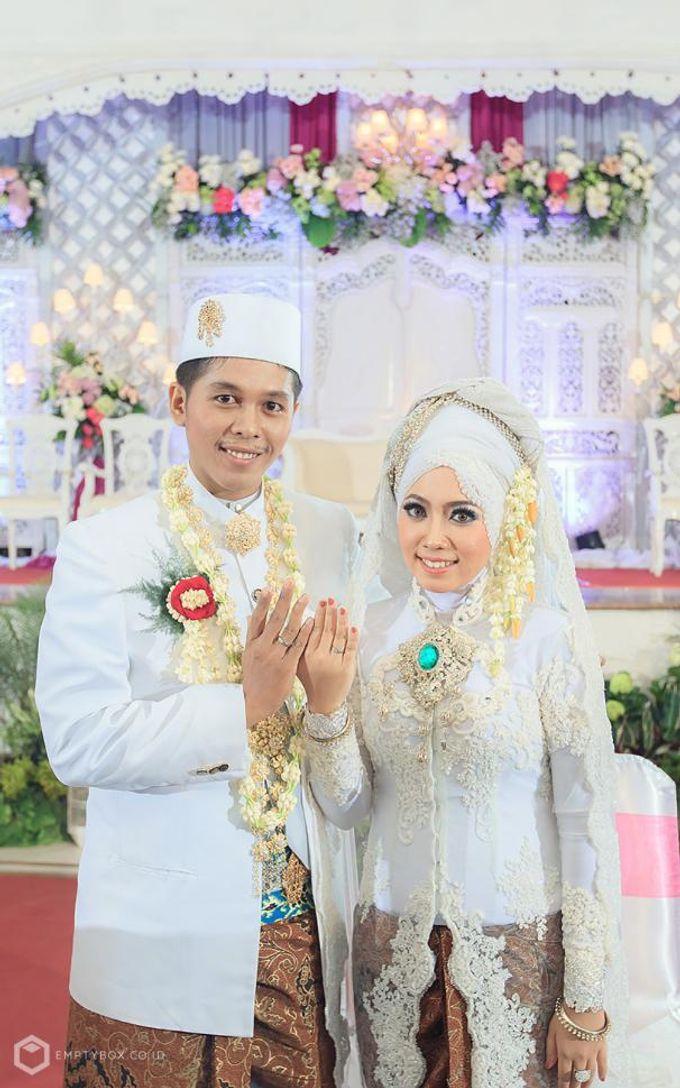Wedding | Uty + Riki by EMPTYBOX - 003
