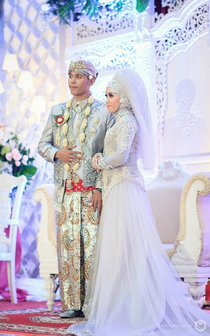 Wedding | Uty + Riki by EMPTYBOX - 005