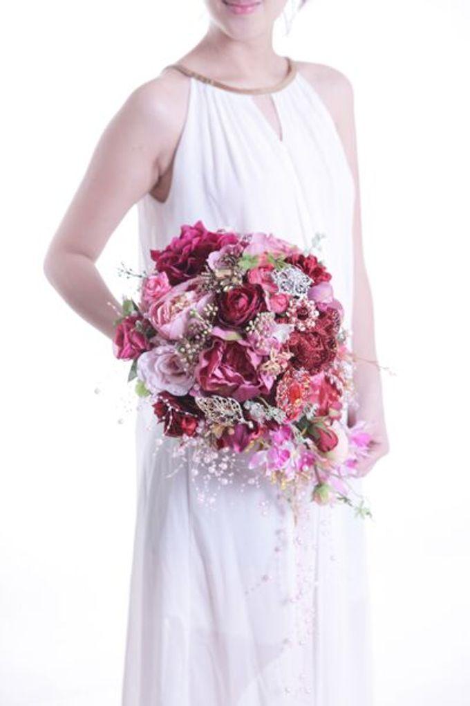 Luxurious Bouquet by LUX floral design - 007