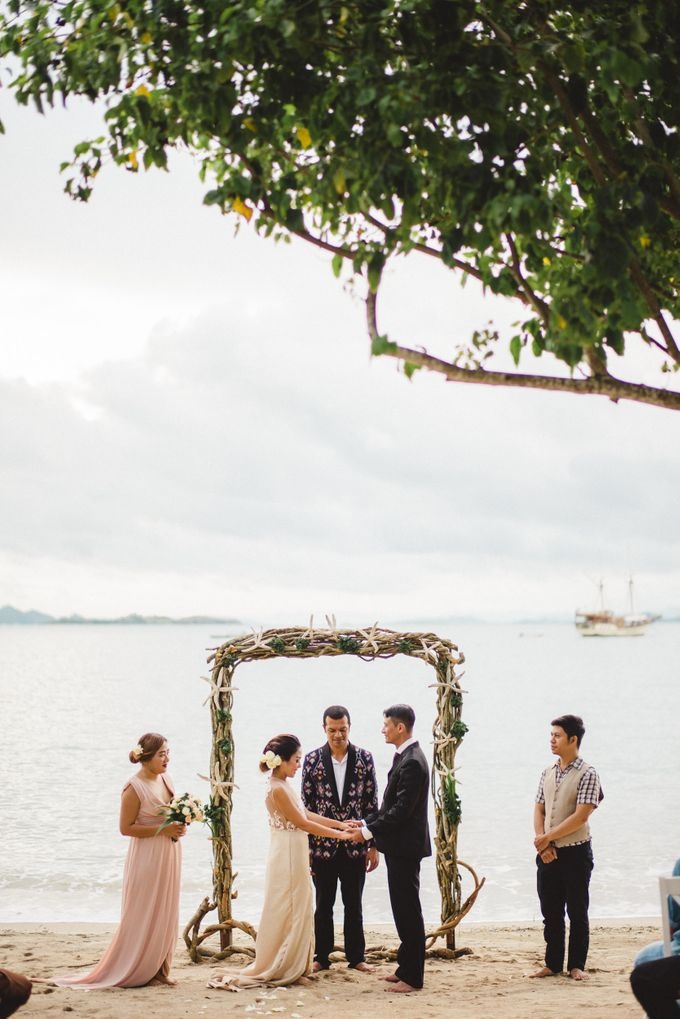 Beach Wedding at Plataran Komodo Resort and Spa by Plataran Indonesia - 031