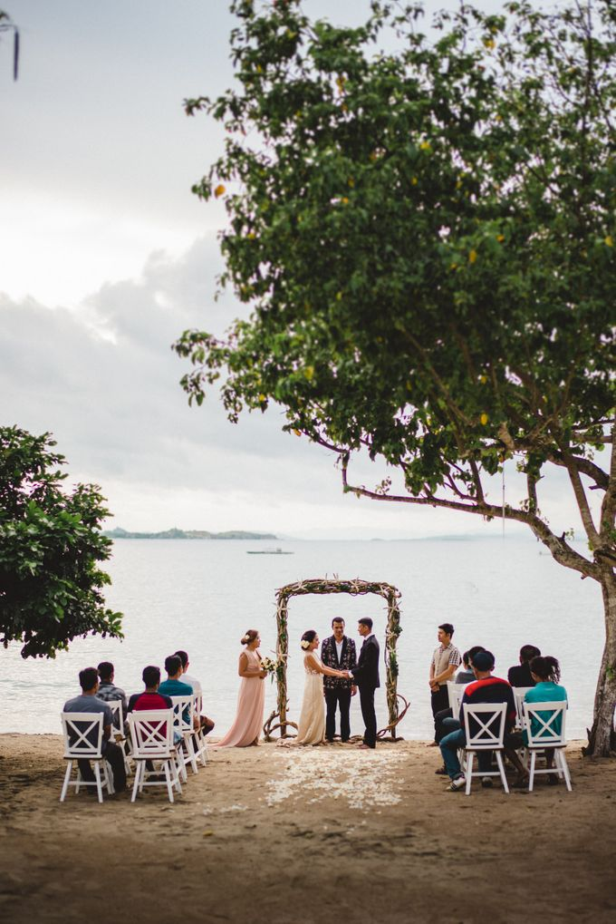 Beach Wedding at Plataran Komodo Resort and Spa by Plataran Indonesia - 032