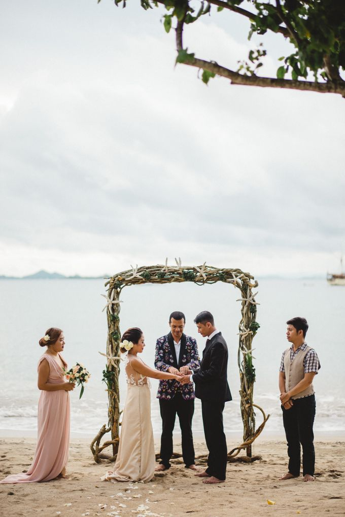 Beach Wedding at Plataran Komodo Resort and Spa by Plataran Indonesia - 036