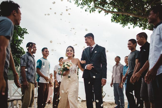 Beach Wedding at Plataran Komodo Resort and Spa by Plataran Indonesia - 042