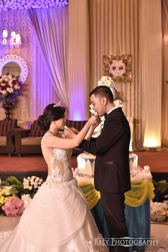 Vania and Richie Wedding by Resy Photography - 010