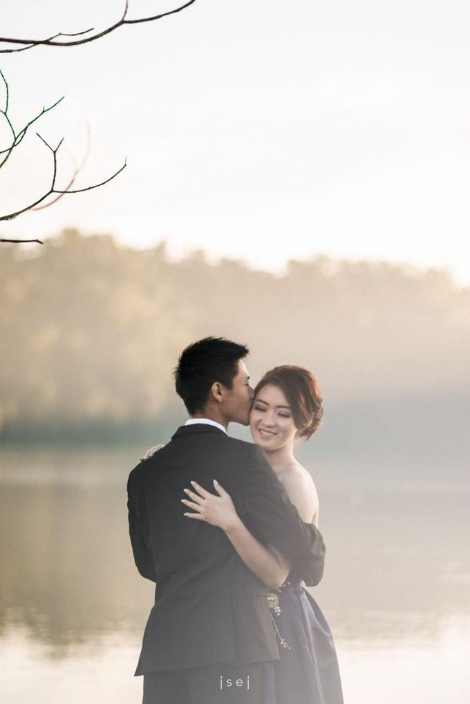 Andreas & Jessika Pre-Wedding by ISEI - 004