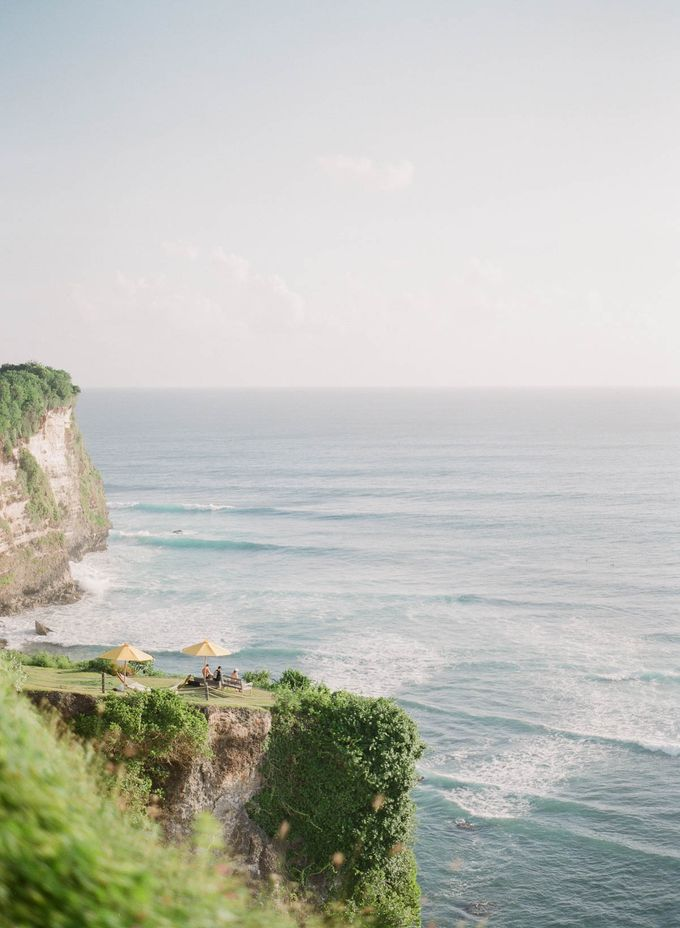 Rachael and Darren Wedding in Uluwatu Bali by Greg Finck - 013