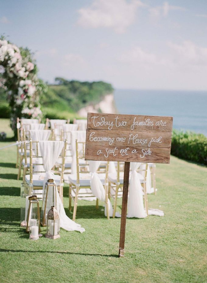 Rachael and Darren Wedding in Uluwatu Bali by Greg Finck - 020