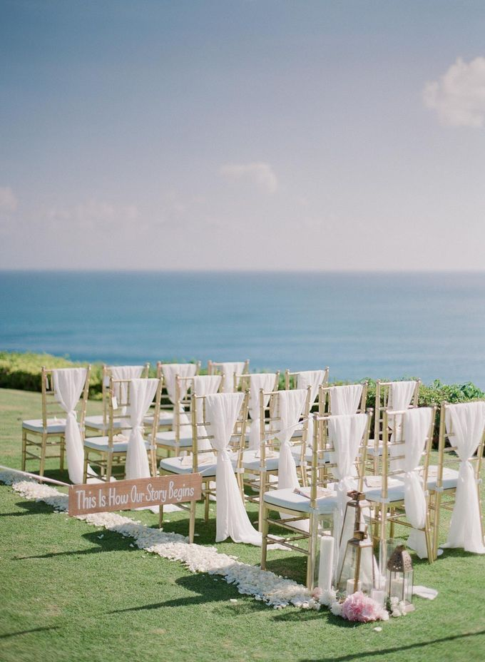 Rachael and Darren Wedding in Uluwatu Bali by Greg Finck - 021