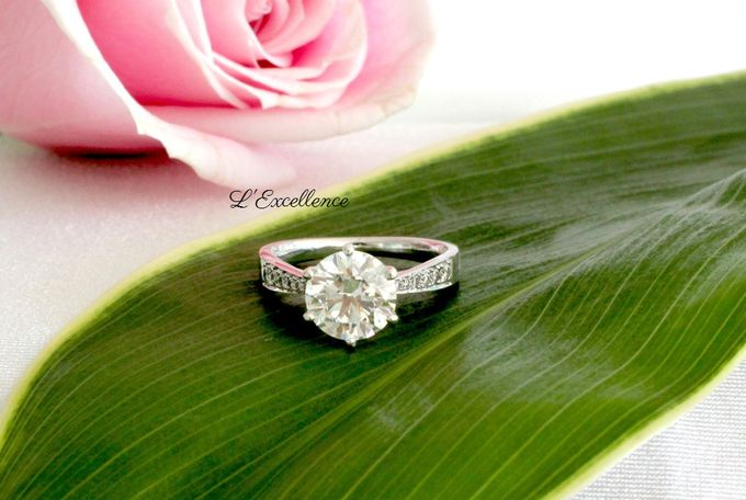 Engagement & Wedding Anniversary Rings by L'Excellence Diamond - 002