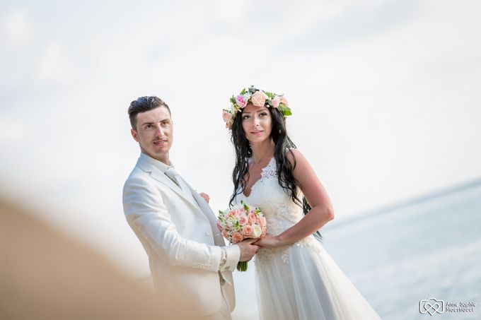Beach wedding for Alex and Ramona by Unique Wedding and Events - 035
